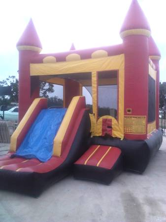 ALL DAY RENTAL MOONBOUNCE FOR THIS WEEKEND,LAST MIN OK - x0024100 (SAN ANTONIOinside 1604)