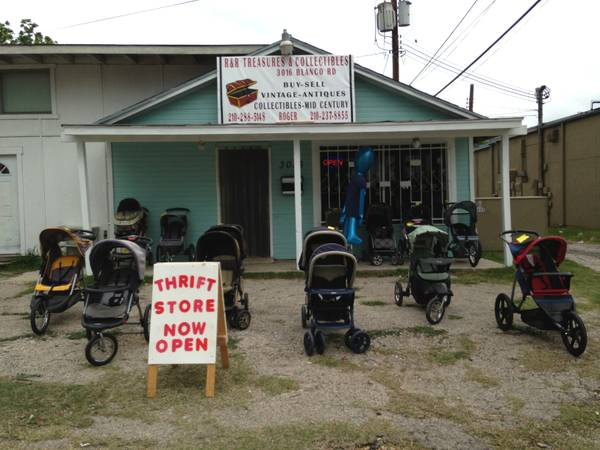 WINTER SPECIAL ON ALL STROLLERS ALSO HAVE INFANT CARSEAT AND MORE - $25 (BLANCO FRESNO )