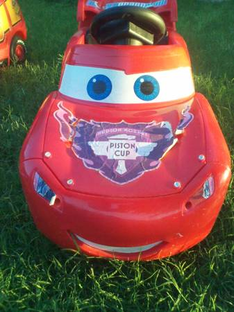 Fisher Price Power Wheels Lil Lightning Mcqueen Powered Ride-On - $80 (LACKLAND)