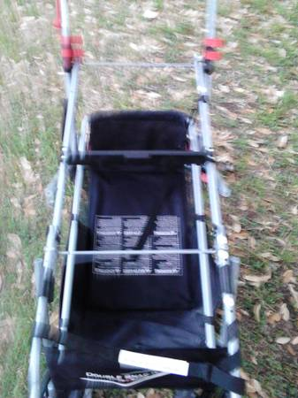 snap n go double stroller  - $45 (35 topperwein 1604 nacogdoches )
