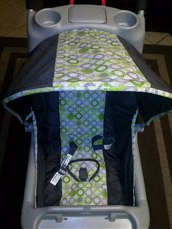 Evenflo Lime Green And Gray Car Seat Stroller Combo