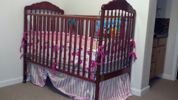 Kathy Ireland Crib Bedding Set - $60 (San Antonio)