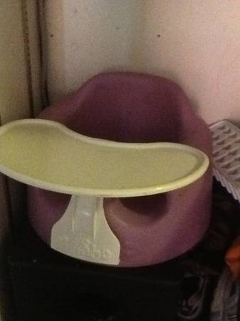 Purple bumbo with tray - $20 (78247)