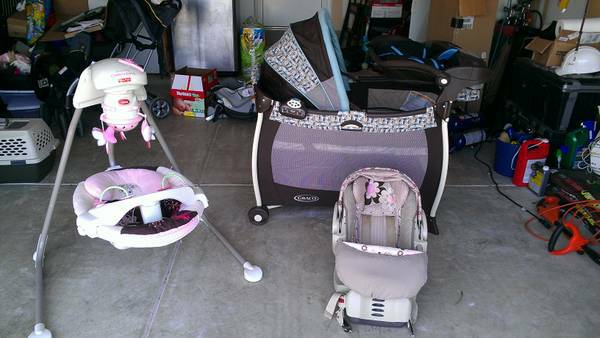 Infant Lot Pack n Playyard, cradle swing, carseat wbase - $200 (SW San Antonio - 41090)