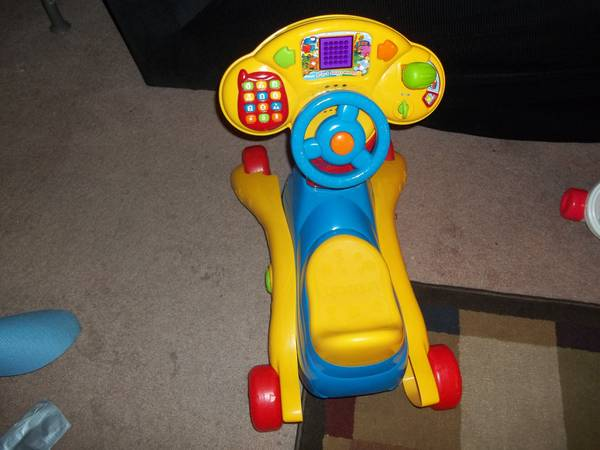 Vtech 3 in 1 smart wheels (rocker, ride on) - $15 (NE 410)