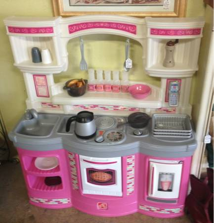 Play Kitchen Step 2 For Sale