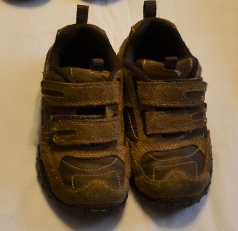 Little Boys shoes - size 9 - $12 (NW San Antonio Sea World area)