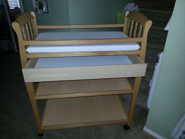 changing table from babies r us - $50 (1604  culebra)