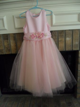 More Beautiful Girls Easter Dresses sz 4 - $15 (Seaworld)