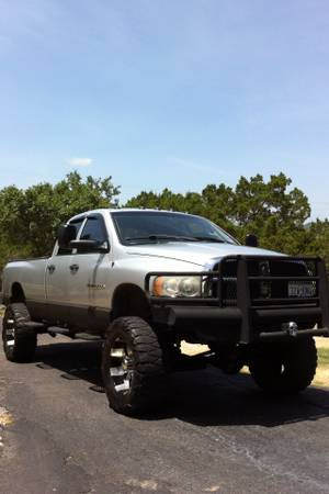 Lifted 2003 Dodge diesel Turbo 4x4 on 37s with 20s and 8 lift chippe - $18500 (San Antonio-Fiesta Texas)