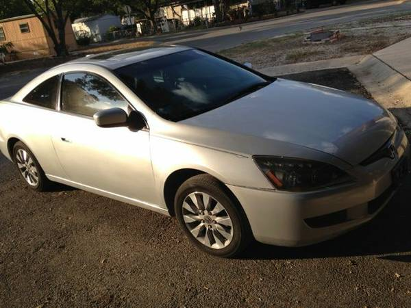 2005 Honda Accord Coupe EX - $2950 (San antonio)