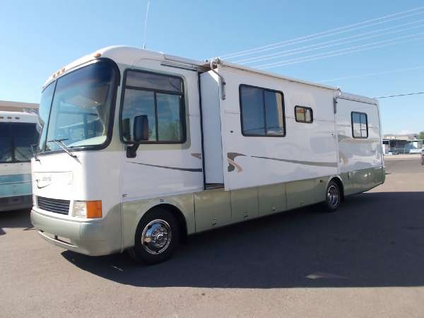 $19,900, 1999 Holiday Rambler Admiral