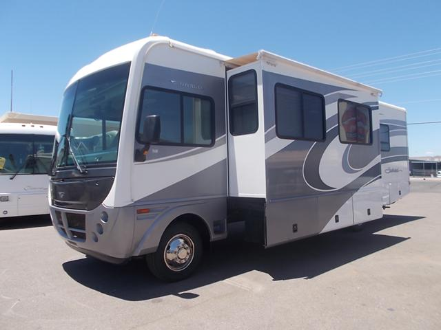 $34,900, 2005 Fleetwood Southwind Double Slide Gas Class A Motor Home