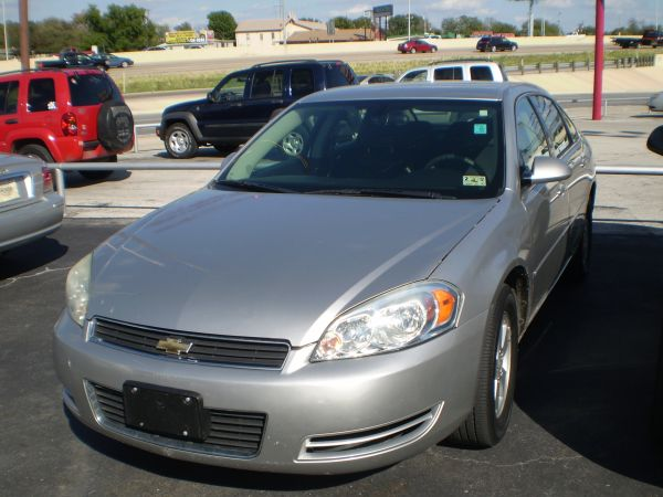 06 Chev Monte Carlo-Your New Ride (5696 IH 10 West)