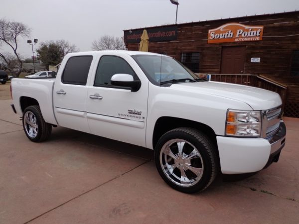 2009 Chevrolet Silverado TEXAS EDITION, 20 Wheels, Crew Cab 4 Doors - $23995 (San Antonio South Financing)