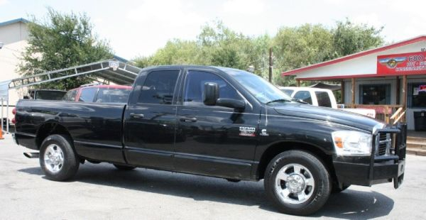 HuGe CLeArANcE 2007 DODGE 2500 5.9L RARE 6SPEED A PERFECT cArFaX WoW - $10995 (SaN anToNiO, Nw CaNt fInD tHiS aNyWHeRe)