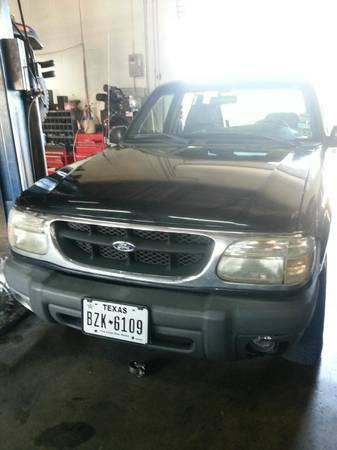 1999 FORD EXPLORER 4X4 FULLY LOADED - $1500 (BANDERA 410)