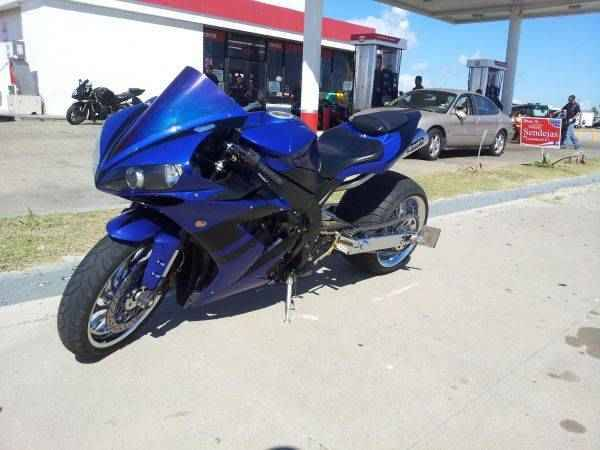 2004 yamaha r1 330 rear wide tire kit - $8500 (san antonio)