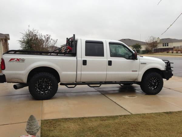2005 Ford F-250 6.0L FX4 Lariat 112K Miles WTons Of Extras - $20995 (Cibolo)