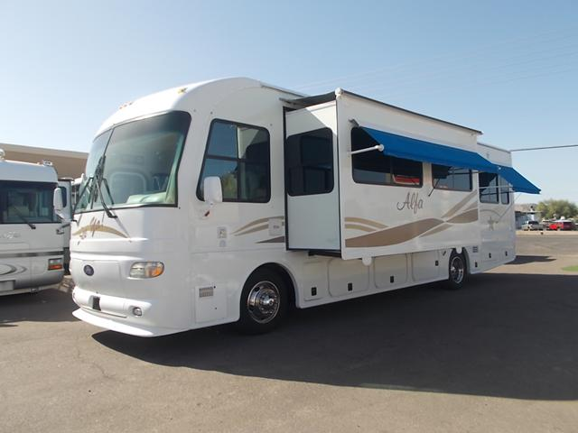 $49,900, Alfa See Ya Double Slide Diesel Pusher Low Miles Extra High Ceilings