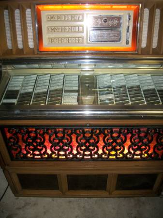 Restored 45 rpm Jukebox 1971 -   x0024 1500  San Antonio