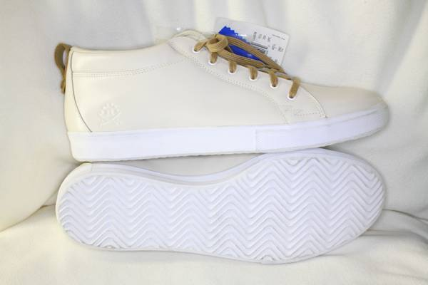 NEW ADIDAS Valley Low xRansom Casual shoes, US 11 - $40 (Austin Hwy near WalMart(Inside Loop 410))