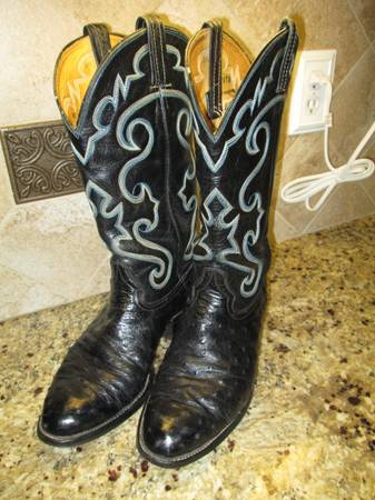 Mens Hondo Boot Western Cowboy boots Full quill black ostrich 10E - $145 (San Antonio NW)