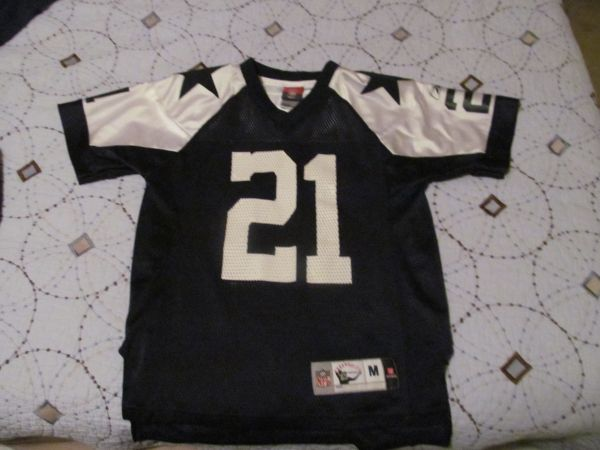 Dallas Cowboys Jerseys - Youth - $15 (North East)