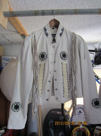 Ladies White Leather Jacket - $115 (NW)