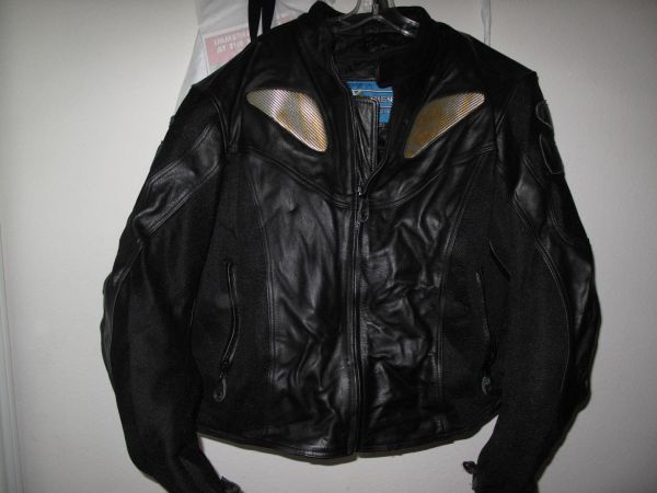 Leather Motorcycle Jacket XElement Kevlar armor wreflectors - $69 (New Braunfels)