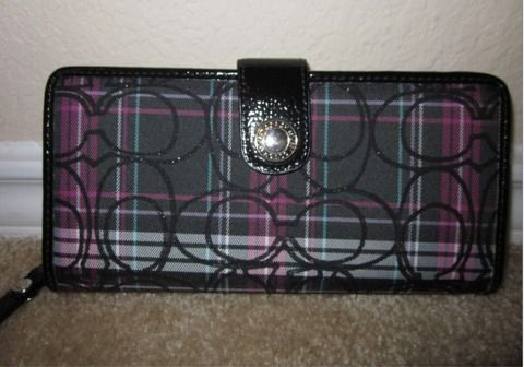 Pics New Coach Wallet Tartan Pink Plaid - $100 (NE SA)
