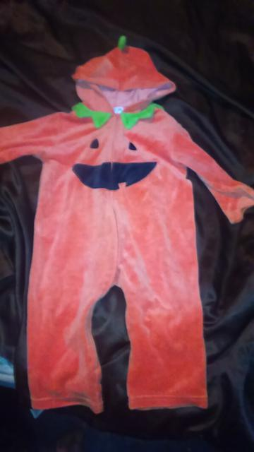 5  24 Month old Pumpkin Halloween costume