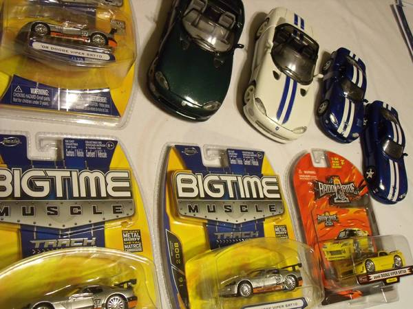 Dodge Viper die cast collection SRT reduced to - $29 (Nacogdoches Higgins Stahl Rd)