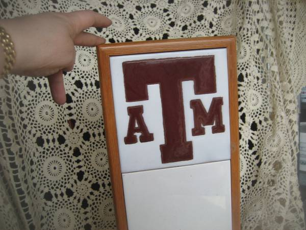 Texas AM  message board and key holder -   x0024 10  north central