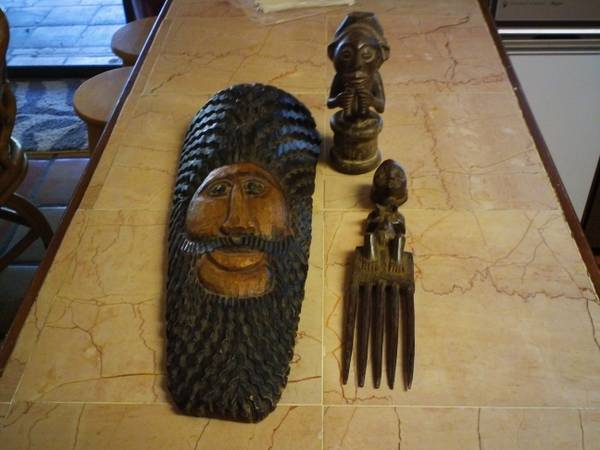 2 WOODEN HAND CARVED TRIBLE FIGURES  AND A WOOD HAND CARVED MASK -   x0024 60  281 1604