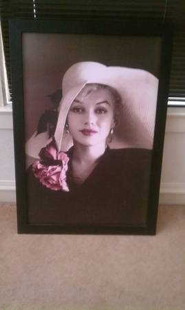 Rare Marilyn Monroe Framed Canvas - $35 (San Antonio)