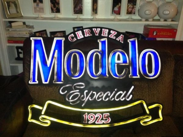 Bar Beer Neon Sign Bud Light Modelo Miller and alot MORE Cheap - $1 (downtown)