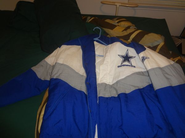 Dallas Cowboys Super Bowl Jacket XL - $50 (Hardberger Park Area)
