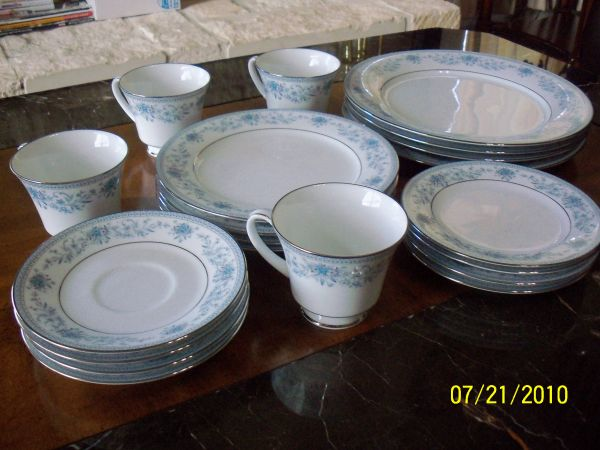 Contemporary Fine China by Noritake Sri Lanka Blue Hill 2482 - $150 (NW San Antonio)