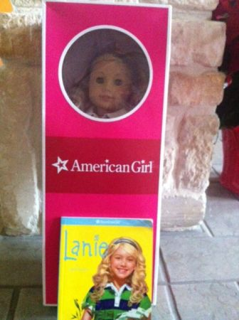 American Girl Doll - Lanie, Girl of the Year 2010 - $100 (Stone Oak)