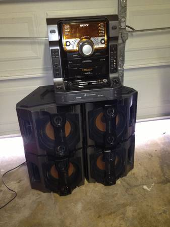 Sony LBT -zx9 stereo system  - $200