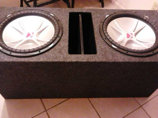 2 15 Kicker cvr In ported box - $250 (Kerrs.a)