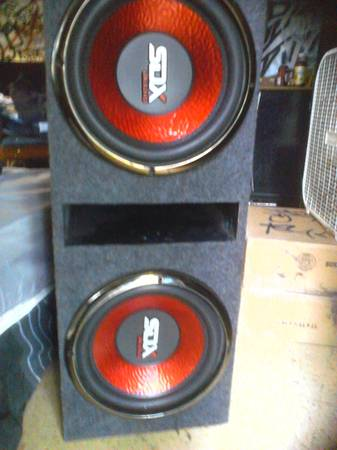 Two 12 Subwoofers in box - $140 (San Antonio Culebra Rd.)