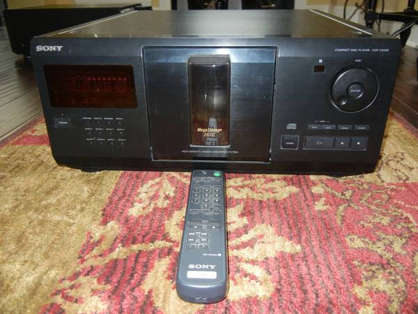Sony CDP-CX225 MegaStorage 200-CD Changer Player Compact Disc - $40 (Northcentral San Antonio)