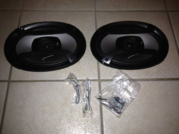 Pioneer 6x9 3-way speakers - $50