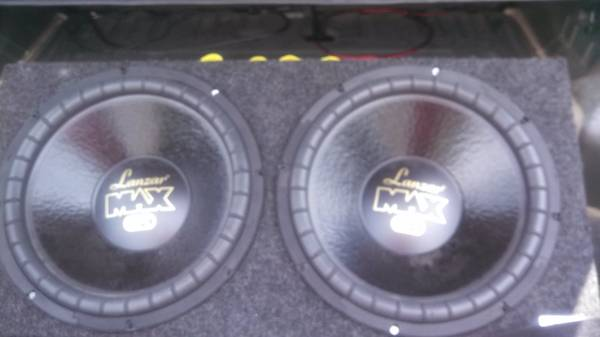 2 15s lanzar max ST subwoofers in a box - $80