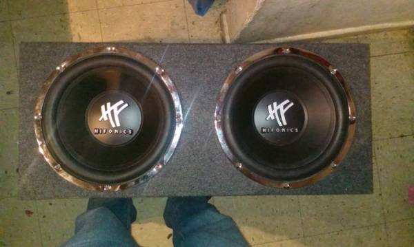 2- 12 in Subs in box Hifonics reduced - $100 (Palo Alto)