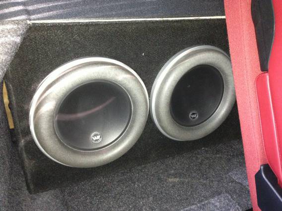 Reduced 2 JL Audio 8W7 subs in Custom Ported Box - $450 (Seaworld)