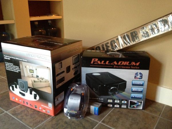 re New PALLADIUM 3D Projector VANDERBACH Home Audio System - $900 (All of it - White Van Scam Junk)