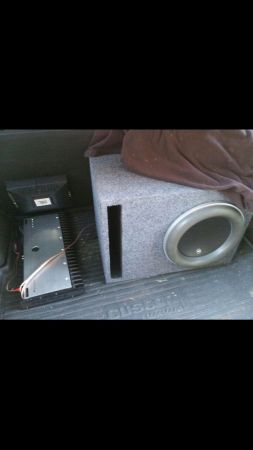 JL W7 and JL 10001v2  in Ported box - $1000 (San Antonio )